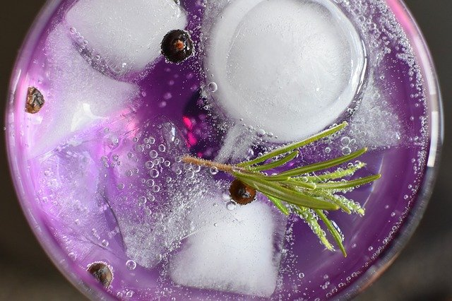Gin Tonic: come fare il cocktail del momento