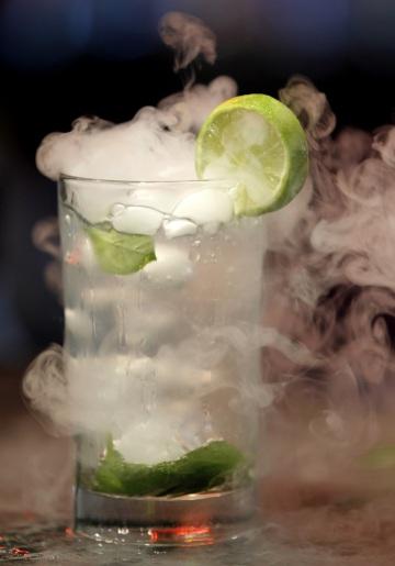 Cocktail molecolari, cosa sono e come si preparano.