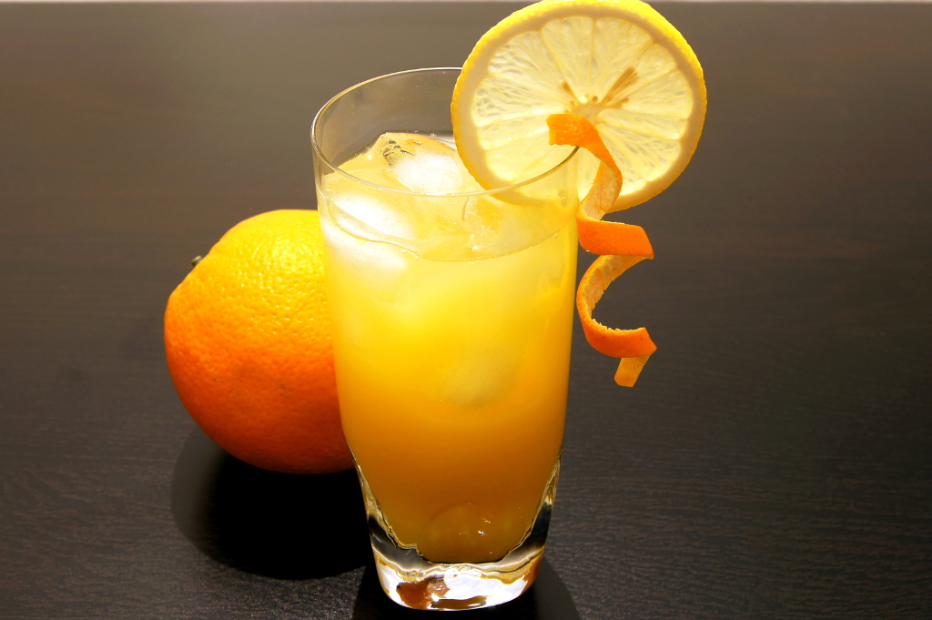 Screwdriver cocktail